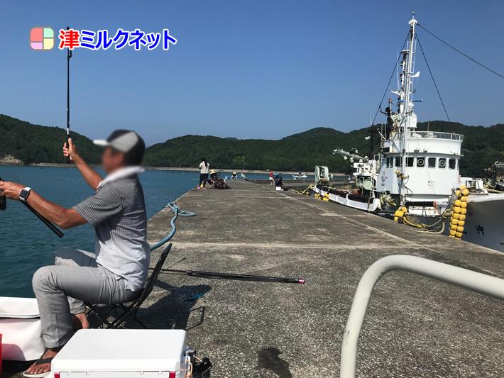 奈屋浦漁港の突堤