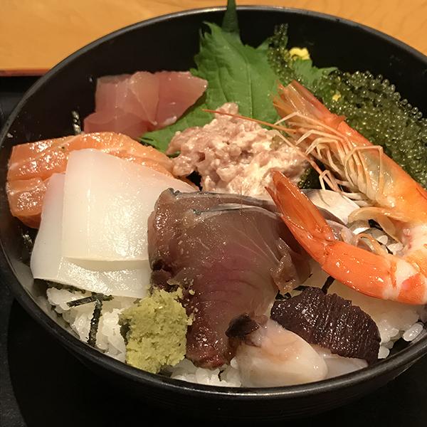 画像通りの海鮮丼